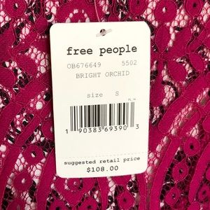 ebf2af677b369 Free People Dresses - FREE PEOPLE Heart in Two Lace Mini dress. Small